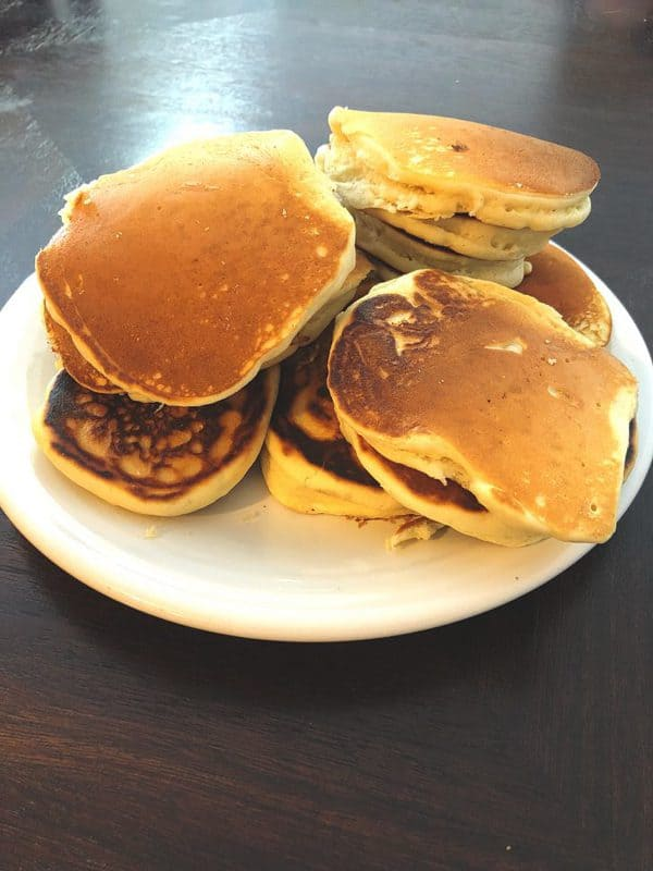 Fluffy Homemade Pancakes in 15 Minutes