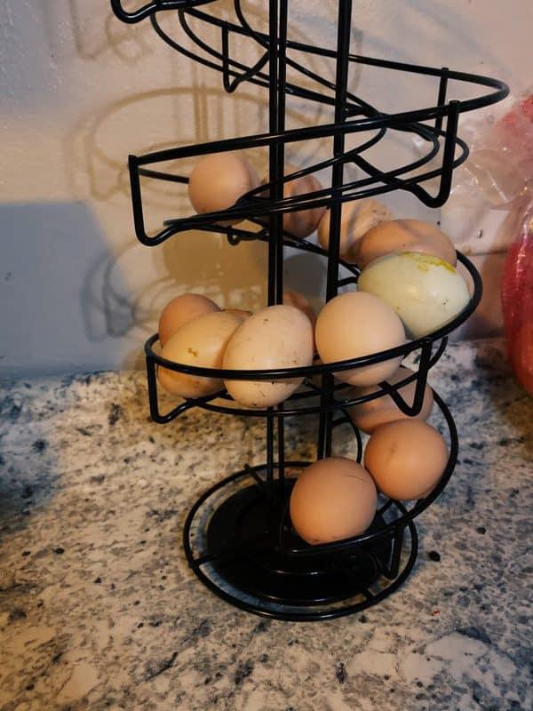 Frozen chicken eggs